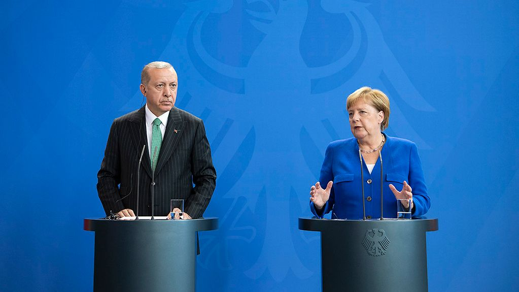 Chancellor Angela Merkel at a joint press conference with Turkish President Recep Tayyip Erdoğan