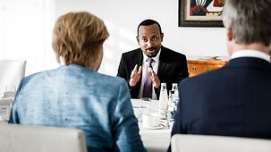 Chancellor Angela Merkel in discussion with Ethiopian Prime Minister Abiy Ahmed