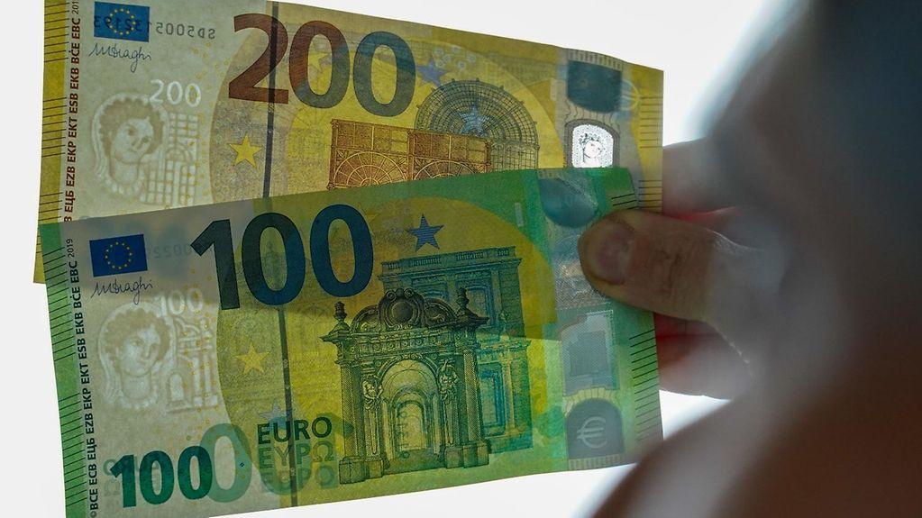 Bundesregierung Aktuelles Neue 100 Und 200 Euro Scheine