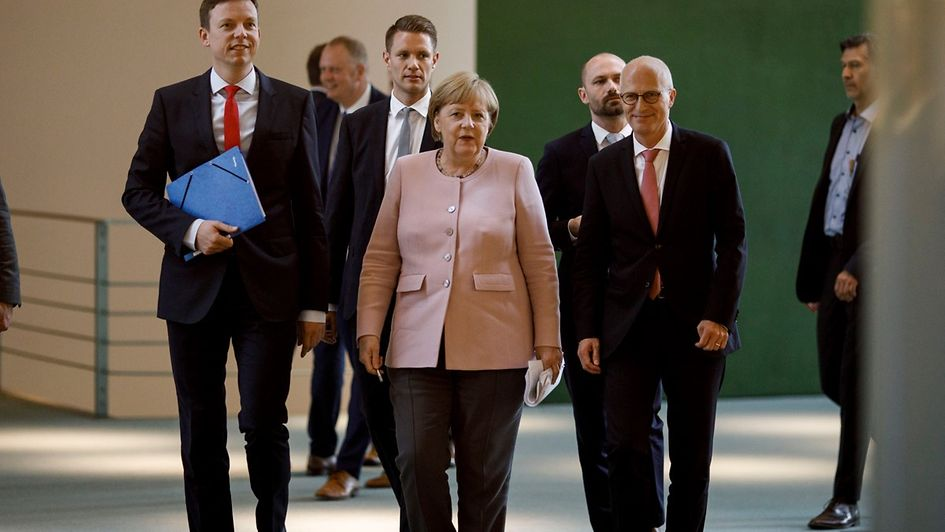 Chancellor Angela Merkel met with the state premiers in Berlin.