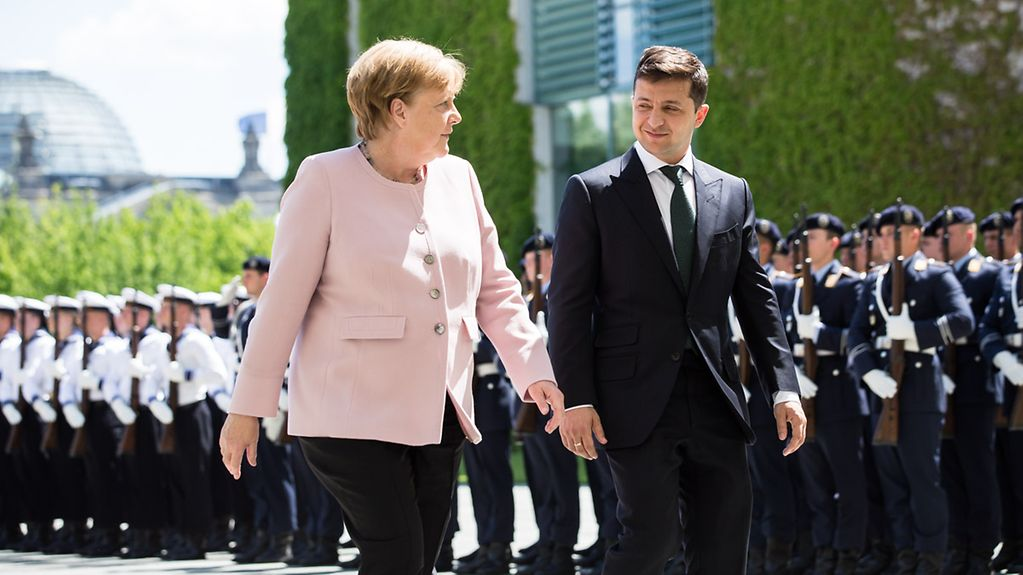 Chancellor Angela Merkel welcomes Volodymyr Zelensky, President of Ukraine, at the Federal Chancellery.