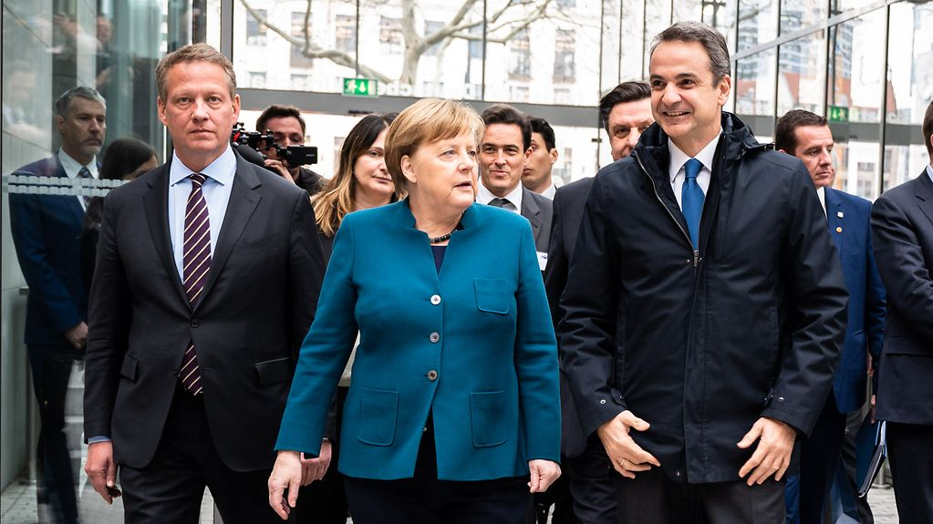 Chancellor Angela Merkel and Kyriakos Mitsotakis, the Greek Prime Minister, at the German-Greek Business Forum