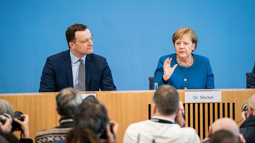 Angela Merkel Corona