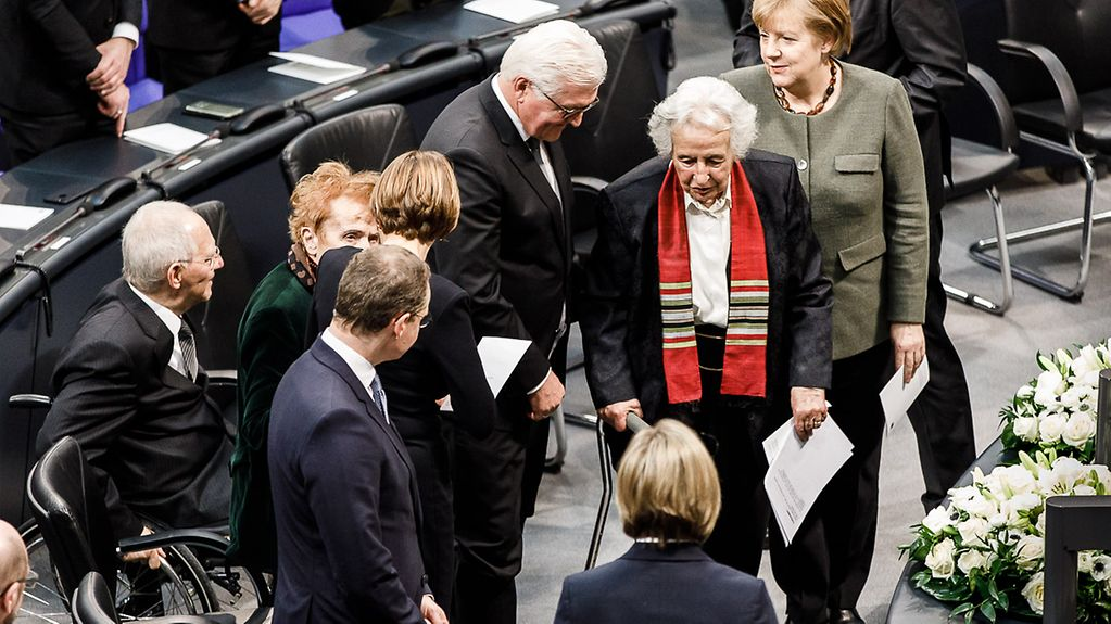 Frank-Walter Steinmeier, Anita Lasker-Wallfisch and Angela Merkel in the German Bundestag