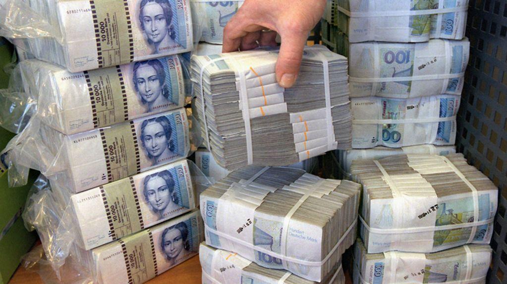 Geld ums puhdys streit Wer schrieb