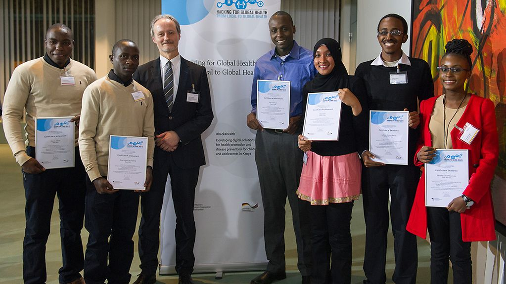 "The prize-winners of the Federal Development Ministry's ""Hacking for Global Health"" competition"